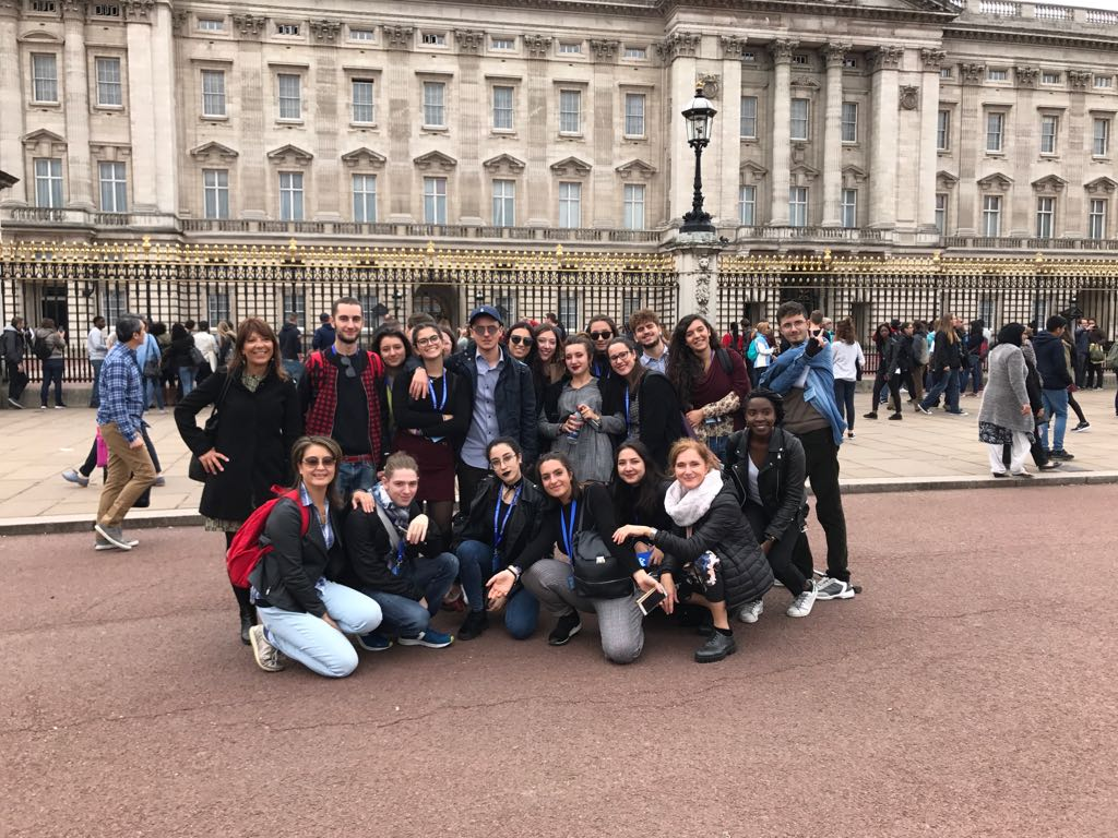 Buckingham Palace - Italians