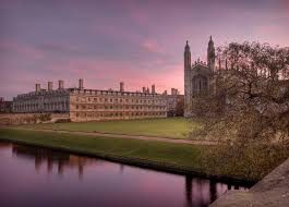 7 Super reasons to study English in Cambridge!